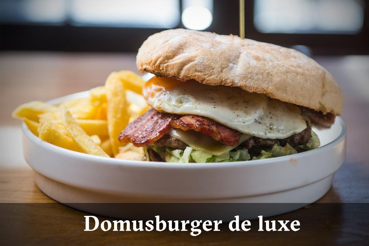 Domus Leuven menu - Domus Burger Deluxe